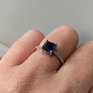 Boutique Jewelry - Dark Blue Gemstone And Silver Ring Size 7
